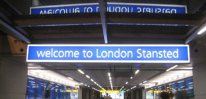 Арестуваха тийнейджърка за тероризъм в Лондон