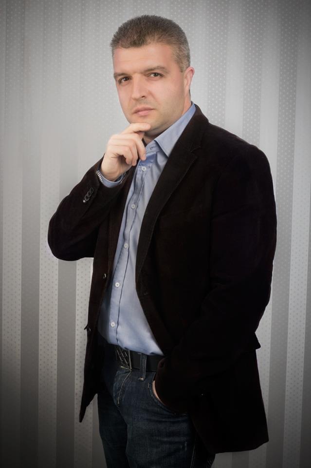 Антон Стефанов