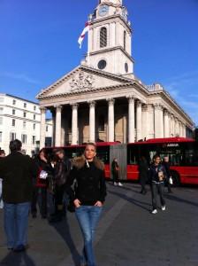 Емилия в Лондон