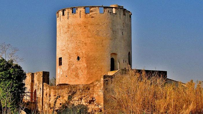 Италия, Belloluogo Tower Lecce