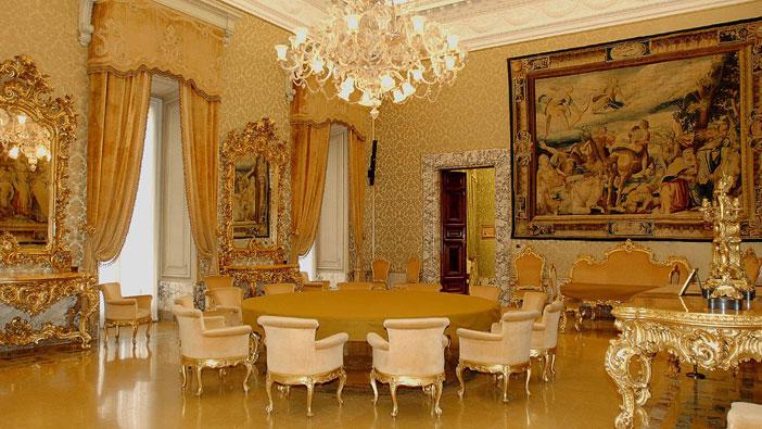 Италия, Palace Koch Rome