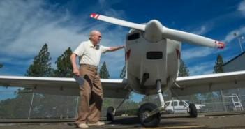 най-старият жив пилот в света е Пийт Уебър