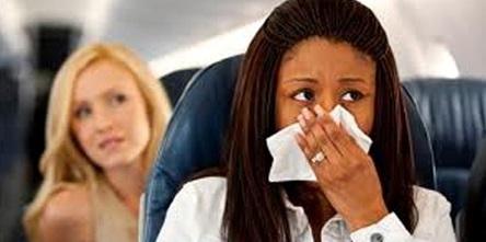 самолетни истории с пътник мирише на борда на самолет