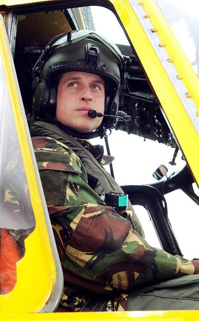 принц Уилям, пилот