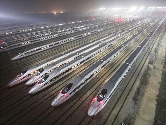 chinas-high-speed-bullet-trains-at-maintenance-base-in-wuhan