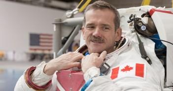 Астронавтът Крис Хадфийлд
