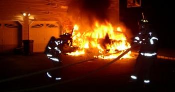 Шумен, подпалени коли