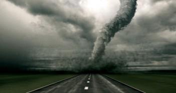 Американци създадоха най-големия симулатор на урагани в света