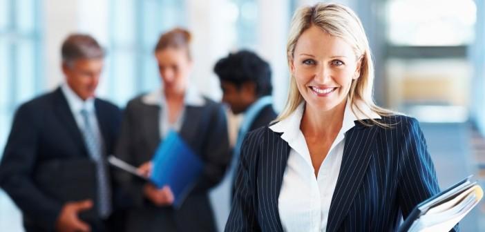 Кога жените в службата изглеждат най-зле?