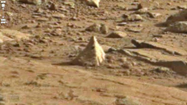 Mars pyramids 4