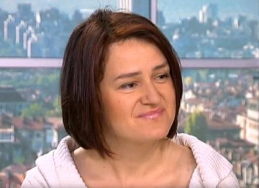 кърмене, Деница Панайотова