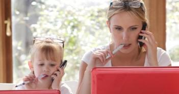 Работещите майки възпитават по-независими деца