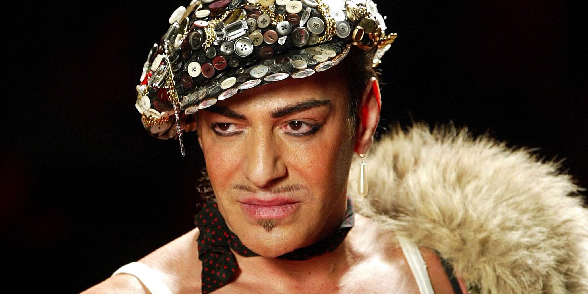 дебютът на Галиано за Мейсън Маржиела е през януари в Париж