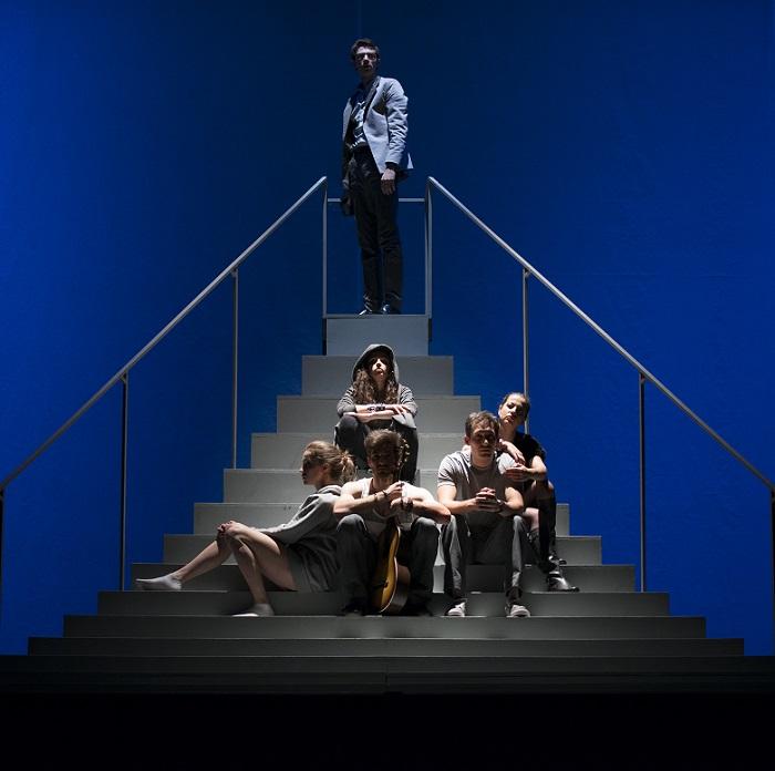 """""""Ние сме вечни"""" фотограф за театъра Симон Варсано"""