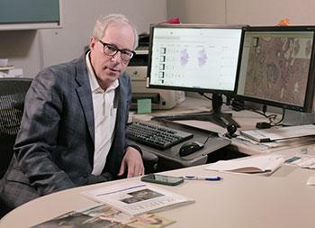 Richard Levenson, гълъби с точност откриват рак