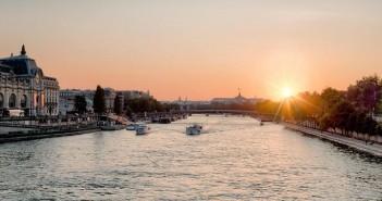 Off Paris Seine, кораб хотел