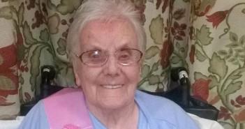 105-годишна баба разкри тайната на дълголетието си, алкохол, секс