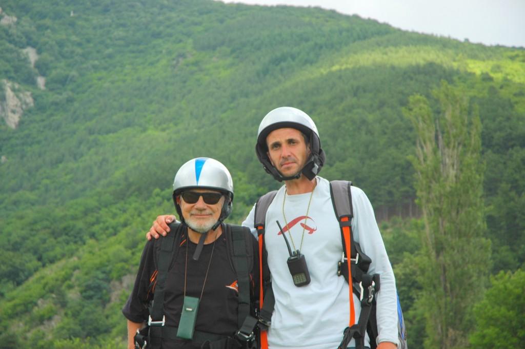 Недялко Йорданов: На 73 летях с парапланер! Никога не съм бил по-горд след кацането