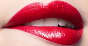 Червилото – малки дамски трикове