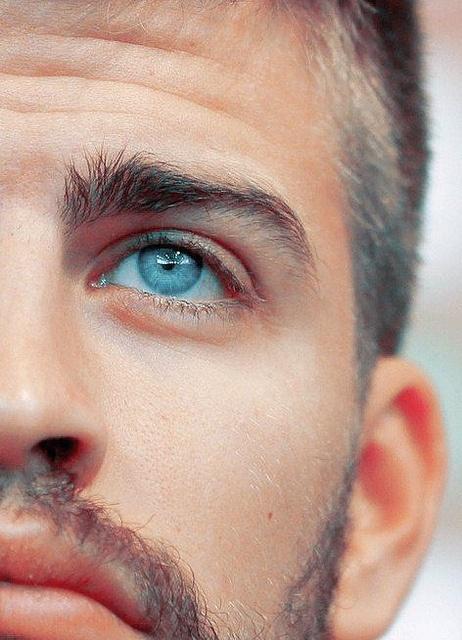 Защо хората със сини очи са толкова специални?