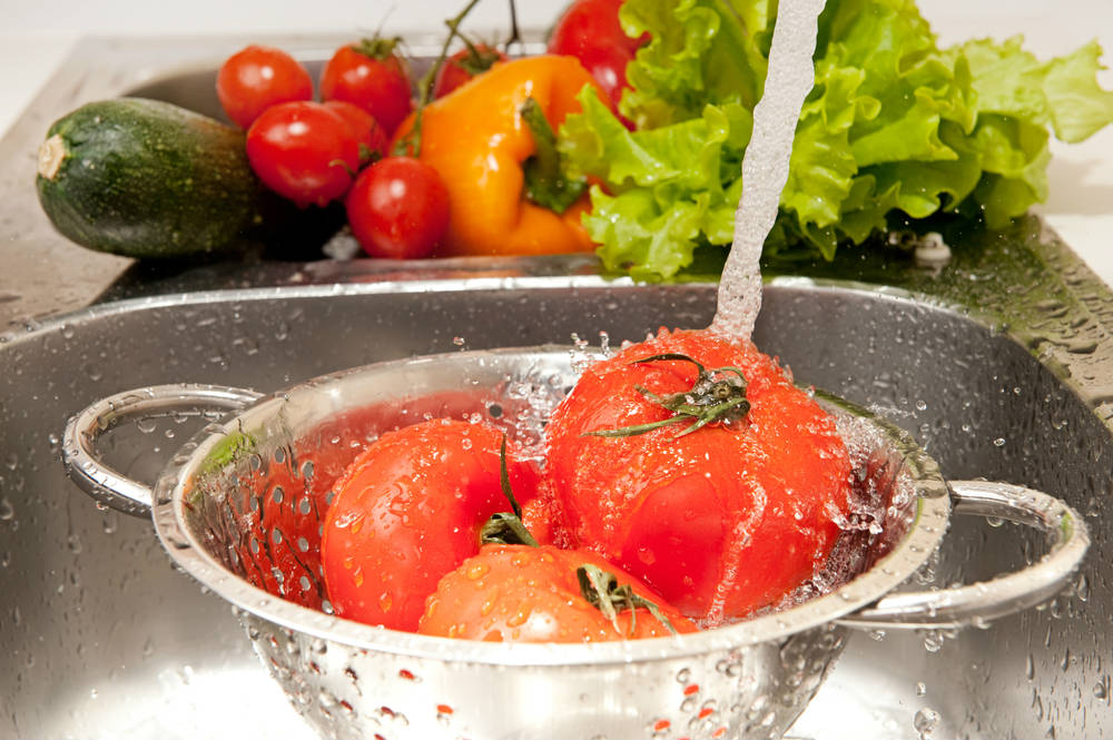 Как да почистим от пестициди плодовете и зеленчуците