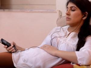 Кои песни доказано помагат за по-лесно раждане?