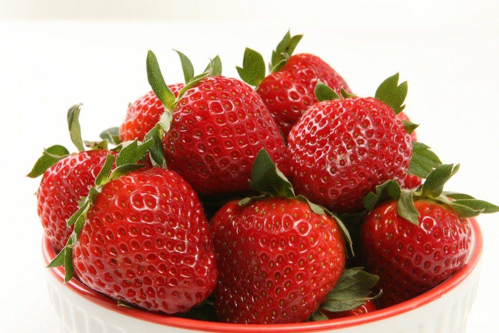 маска с ягоди