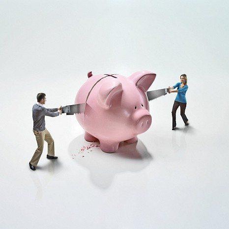 защо се караме постоянно за пари