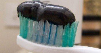 паста за зъби пломбира кариеси