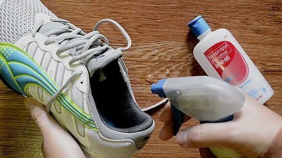 краката, крака, обувки, спирт