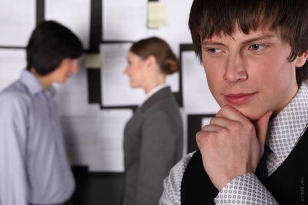 как да разпознаем завистливите хора