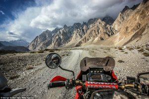 обиколка на света с мотор