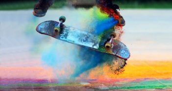 Отблясъци, световен ден на скейтбординга