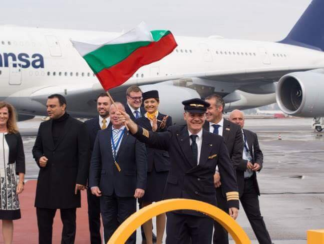 Марио Бакалов приземи у нас най-големият пътнически самолет