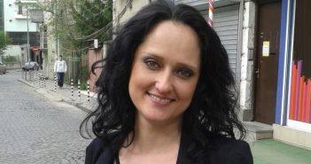 Екатерина Анева, България