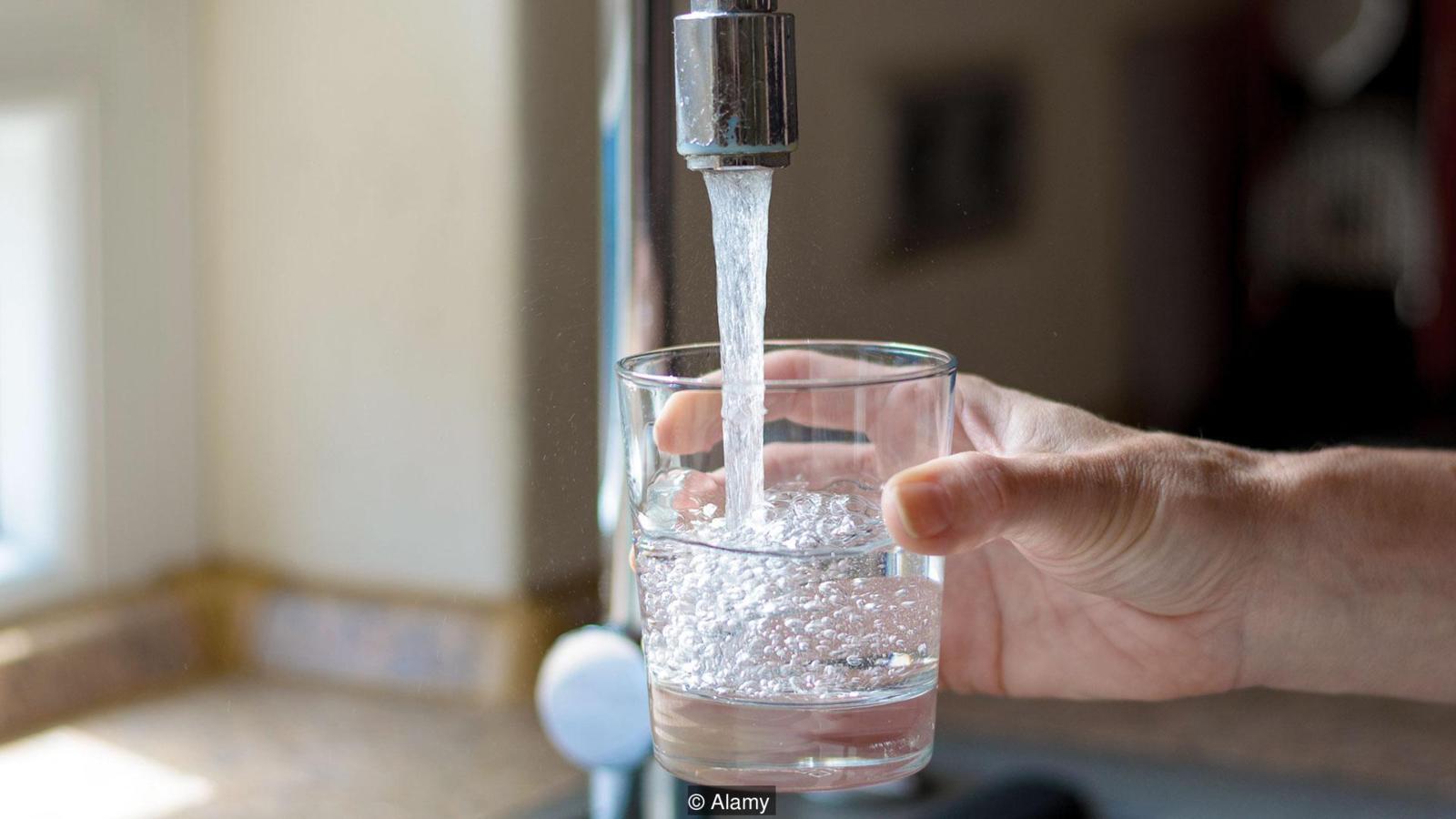 жената, която е алергична към вода