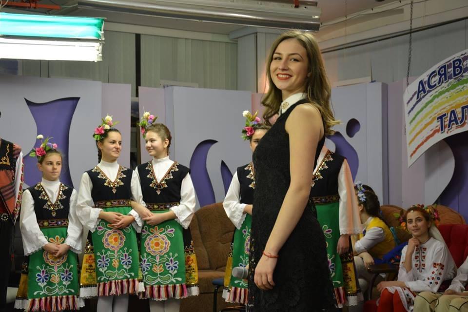 Десислава и Борислава - с песни в сърцето