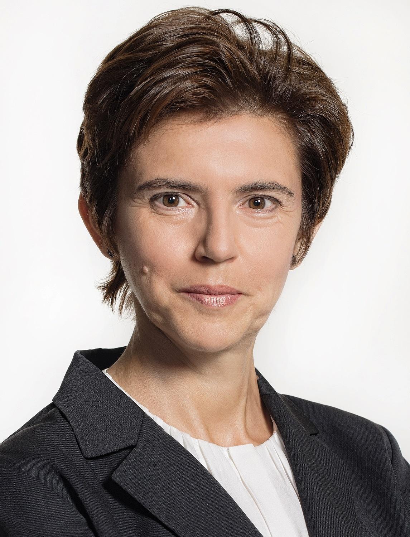 Моника Минкова, Renomia