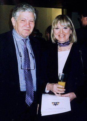 Джейн Плант с рак на гърдата и съпругът й Питър Симпсън
