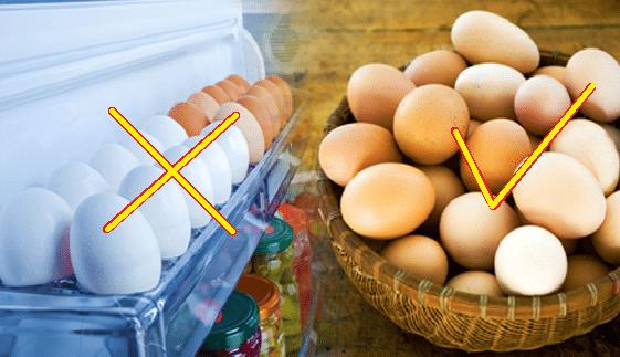 не съхранявайте яйцата на вратата на хладилника