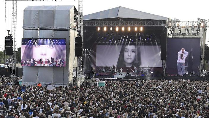 Ариана Гранде с концерт в Манчестър
