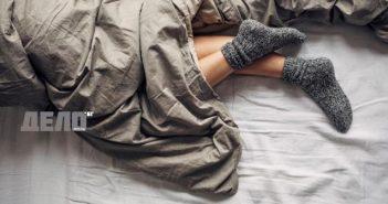 сънят през уикенда помага за отслабване